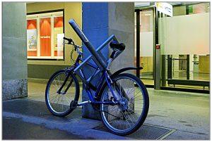 Fahrrad angebunden